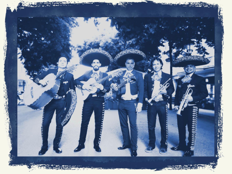 alquiler de mariachis precios trompetas